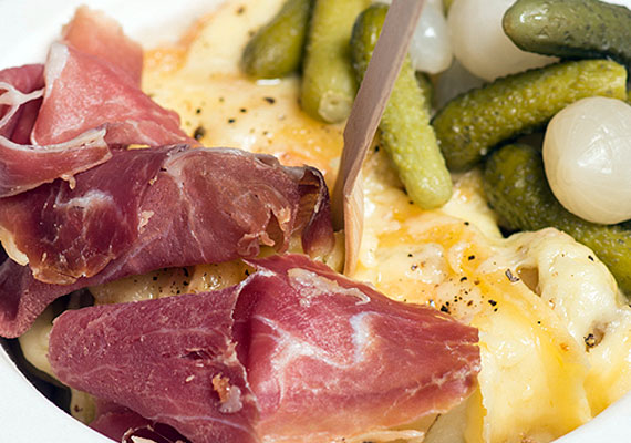 Traditional<br>Raclette